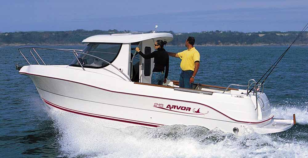 Arvor offers the New 215 fishing boat for sale in Australia