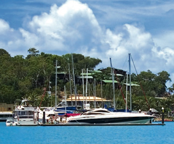 Docking your Yacht or Boat - How to Guide - Boating Reviews Marine Articles