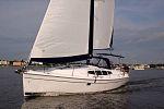 Hunter 39 Yacht