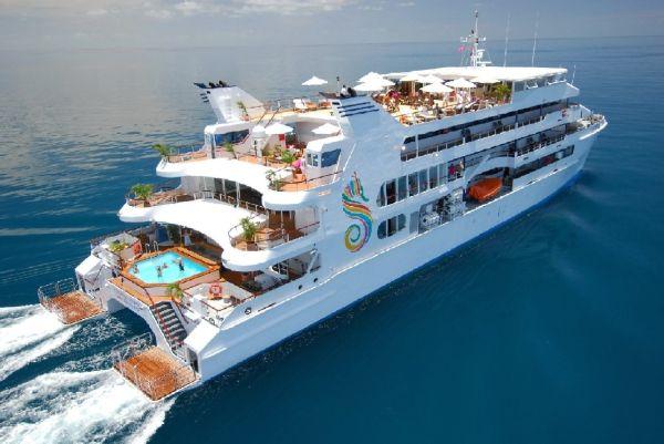 Sanctuary Cove Boat Show MV FantaSea Ammari