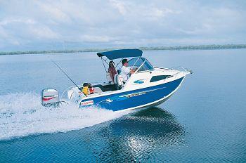 Stacer WaveRunner 549 boating lifestyle