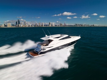 riviera-5800-sport-yacht-with-ips.jpg