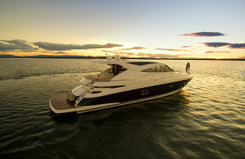 riviera-5800sy_sports_yacht_syndicate.jpg